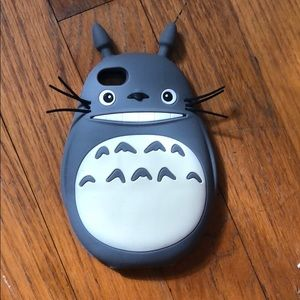 Accessories - Totoro silicon iPhone 5s case